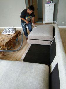 jasa cuci sofa jakarta